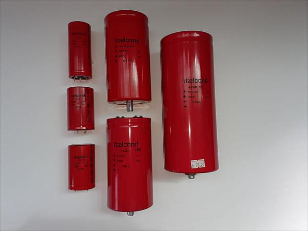 Condensatori elettrolitici 1200/10000