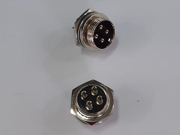 Connettore maschio da pannello 4 poli