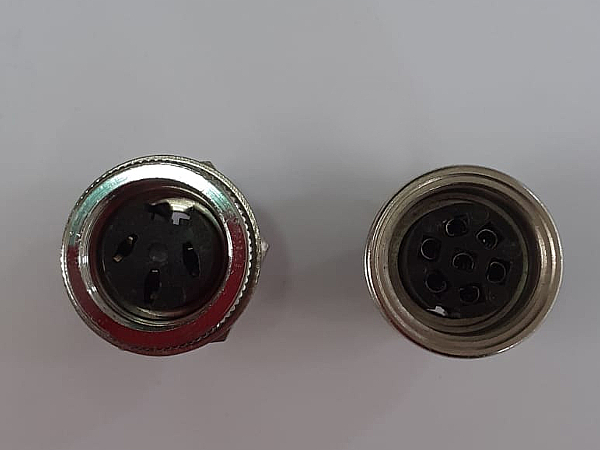 Connettori femmina da pannello 3/7 poli